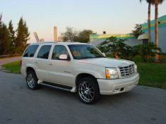 Cadillac ESCALADE 6.0 AWD LUXURY