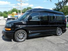 GMC SAVANA 1500 AWD